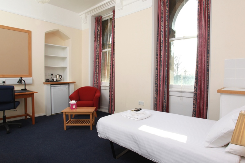 Bedrooms in Detail. Accommodation   Christ Church  Oxford University