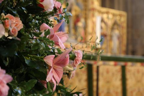 Flower in front of high altar